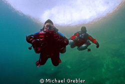 Portrait of dive buddy team in Morrison's Quarry with the... by Michael Grebler 